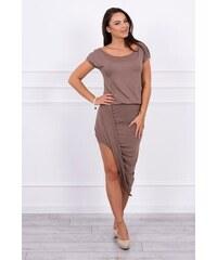 ca4d2cb73264 MladaModa Asymetrické šaty s krátkym rukávom farba cappuccino