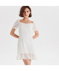 7ebef2c9946d Cropp - Šaty s anglickou výšivkou - Biela