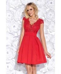 aea78e84462c Bicotone Krátké společenské šaty s krajkou a pásečkem červené