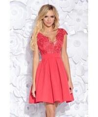 b3cab754349a Bicotone Krátké společenské šaty s krajkou a pásečkem Lososové