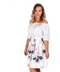 974c839297bfa ModneVeci Skladaná dámska sukňa v bielej farbe s ružovým kvetom