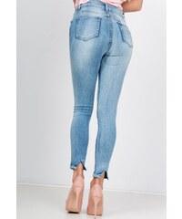 b6659e68277f Rouzit Dámske svetlé džínsy s rozparkom