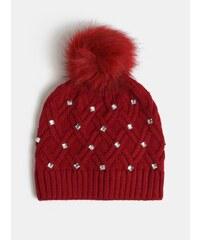 32ede43d43 Červená čiapka s brmbolcom a ozdobnými kamienkami v darčekovom balení  Something Special Diamante hat