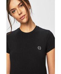 dbb52bd88f Kerek nyakú Női pólók, topok, atlétatrikók | 5.830 termék egy helyen ...