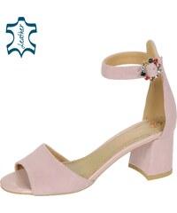 80864282648a OLIVIA SHOES Ružové dámske sandále na hrubom podpätku s ozdobou DSA036-1753