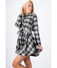 70a3a9c91263 Kockované šaty