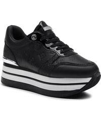 a4b39baf69 Női cipők Guess | 610 termék egy helyen - Glami.hu