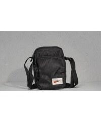 9aedf52c238c1 Športové Pánske tašky z obchodu Footshop.sk - Glami.sk