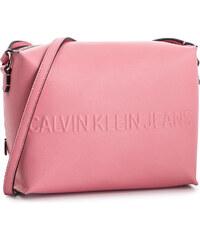 4fbcffda9b Calvin Klein Jeans Box Camera Bag K60K605779