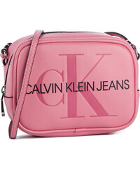 d3b6ceef5f2f Táska CALVIN KLEIN JEANS - Sculpted Monogram Camera Bag K60K605524 637