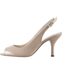 ecf1e8e325 Béžové dámske otvorené sandále na vysokom podpätku značky Hogl