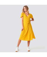 28c925cfee NA KD Žlté midi šaty s riasením XS