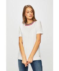 9c090abb54 Fehér Női pólók, topok, atlétatrikók   4.800 termék egy helyen ...