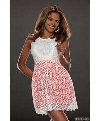 Romantické šaty s krajkou