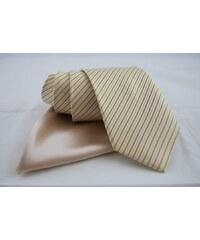Jemná barevná kombinace, Beytnur kravata a kapesníček