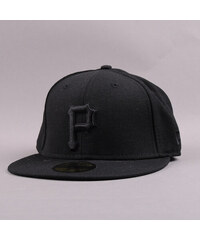 New Era Black On Black P černá