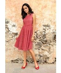 Krajkové šaty, luxusní šaty APART levně (vel.42 skladem) 42 korálová Dopravné zdarma!