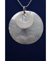 Stříbrný přívěsek s perletí PVB016