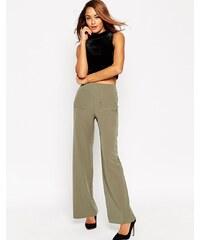 ASOS - Hose mit weitem Bein und aufgesetzten Taschen - Grün