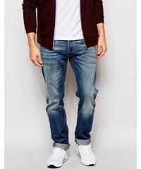 Replay Jeans - New Bill - Lässig geschnittene Jeans in mittelblauer Waschung - Blau