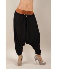 Černé ležérní harémové kalhoty s hnědým páskem
