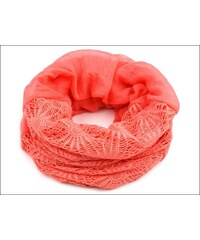 Kruhový korálový šátek s háčkovanou aplikací