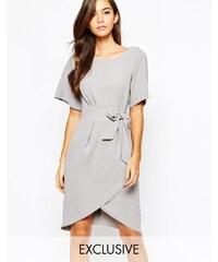 Closet London Closet - Kleid mit Kimono-Ärmeln und Schnürband vorn - Grau
