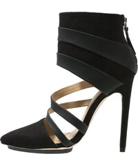 gx by Gwen Stefani CAKE Ankle Boot black