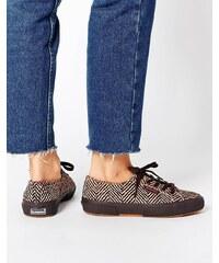 Superga - Sneakers mit Fischgratmuster im Ponyfell-Look - Braun