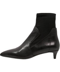 Ash EXCESS Stiefelette black