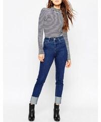 ASOS - Farleigh - Schmale Mom-Jeans mit großen Umschlägen in Flat Blue Dancer Wash - Blau