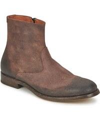 Doucal's Boots -