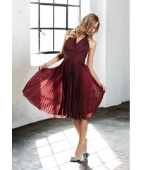 Plisované šaty za krk APART se šanžánovým efektem (vel.36 skladem) 36 bordeaux Dopravné zdarma!