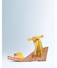 Schuhe mit Keilabsatz und Quasten Gelb Damen Boden