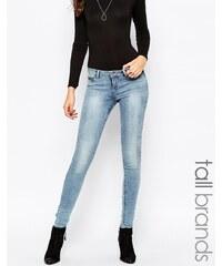 Noisy May Tall - Eve - Blau verwaschene Jeans mit superschmalem Schnitt - Blau