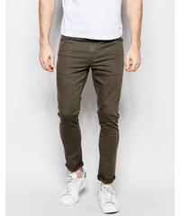 ASOS - Superenge Jeans in dunklem Khaki - Grün