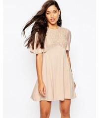ASOS - Jolie robe à volants avec empiècement en dentelle - Rose