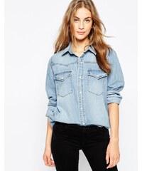 ASOS - Chemise en jean coupe masculine à délavage clair myrte - Bleu