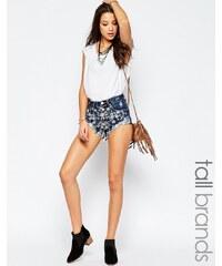 Glamorous Tall - Short en jean à fleurs blanches brodées - Bleu