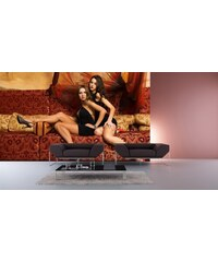 Xdecor Ženy na gauči (126 x 84 cm) - Fototapeta na zeď