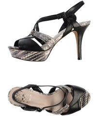 VINCE CAMUTO SCHUHE