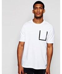 Nike 729397 100 T shirt à poche en maille technique Blanc