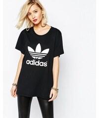 adidas Originals - Adicolour - Oversized-T-Shirt mit Dreiblattlogo - Schwarz