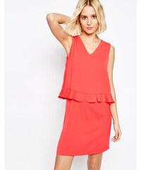 Paisie - Kleid mit V-Ausschnitt und Rüschenverzierung - Rosa