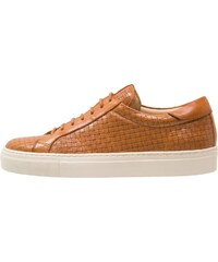 Cobbled by Northern Cobbler THREADFIN Sneaker low tan