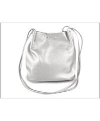 Metalická stříbrná kabelka