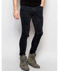 Dark Future - Super hautenge Jeans mit Knieflicken und D-Ring - Schwarz
