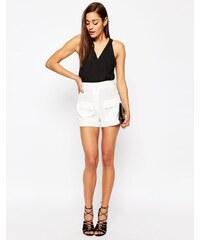 ASOS - Short à poches plaquées - Blanc