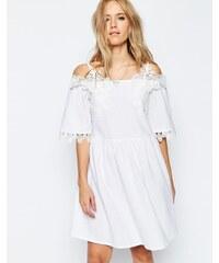 HUSH HUSH Bílé šaty s háčkovanou krajkou