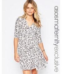 ASOS Maternity - Robe patineuse cache-cœur spéciale allaitement à imprimé léopard - Multi